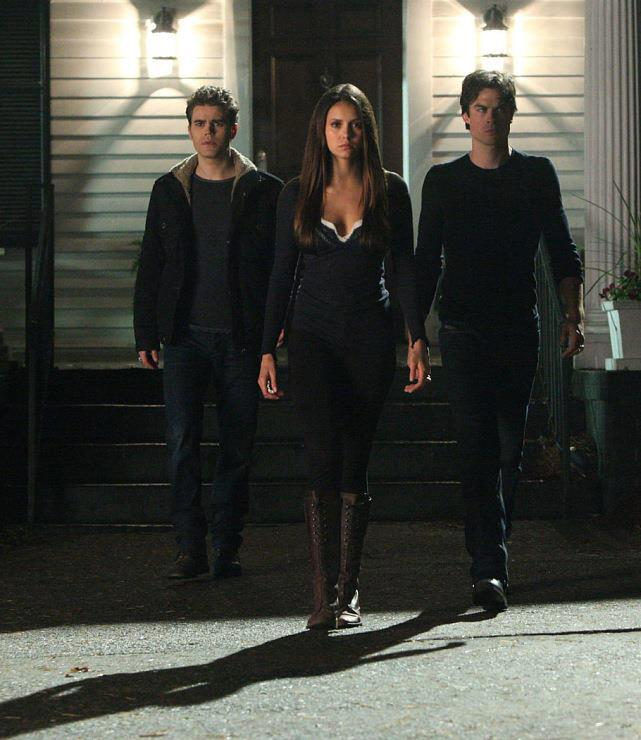 The-Vampire-Diaries-Episode-4-15-Stand-by-Me-New-Promotional-Photo-damon-salvatore-33562666-641-740
