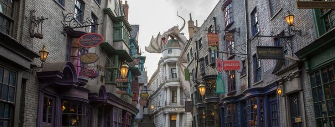 The Wizarding World of Harry Potter: Diagon Alley Officially Opens